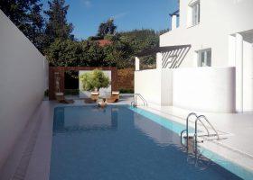 ivy-piscina-1500x844