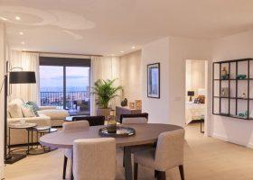 22-by-quartiers-benahavis-vernieuwd-appartement-kopen-luxe-eettafel-1170x760