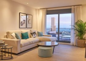 22-by-quartiers-benahavis-vernieuwd-appartement-kopen-luxe-salon-1170x760