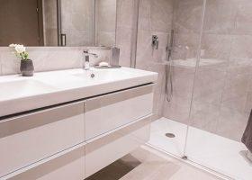 B8_Grand_View_apartments_bathroom