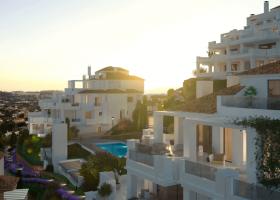 nine-lions-residences-appartementen-penthouses-te-koop-nueva-andalucia-gevel-1096x760