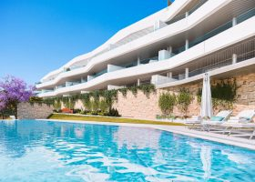 valley-homes-valle-romano-golf-resort-estepona-costa-del-sol-modern-nieuwbouw-appartement-penthouse-kopen-zeezicht-tuinen-1170x760