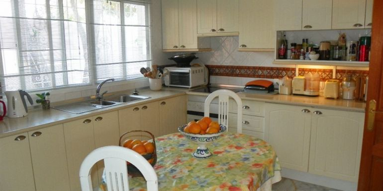 vrijstaande-villa-estepona-costa-del-sol-r2888975