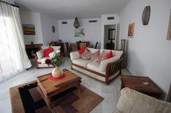 Tussenverdieping Appartement - Nueva Andalucía, Costa del Sol