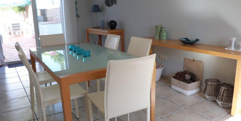 vrijstaande-villa-nueva-andalucaua-costa-del-sol-r3752071