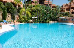 Tussenverdieping Appartement - Sierra Blanca, Costa del Sol